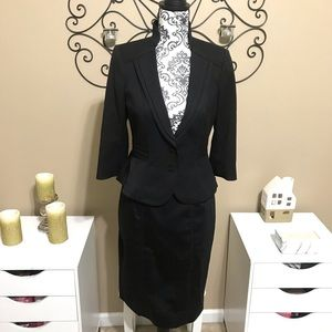 WHBM Black Skirt 2 Piece Suit Set 4P